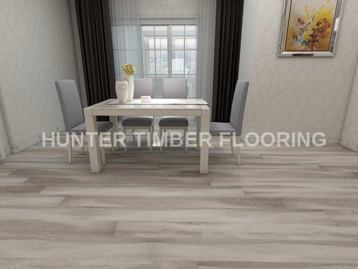 Htl802 Light Cloud Oak Ac4 Wide Laminate Flooring Matte